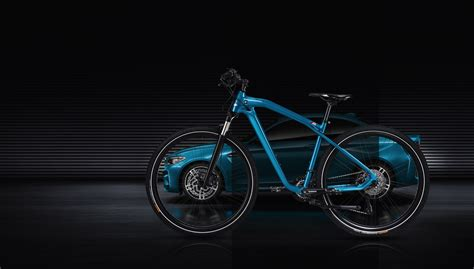 BMW M2 fans can now buy the BMW Cruise M Bike Limited Edition