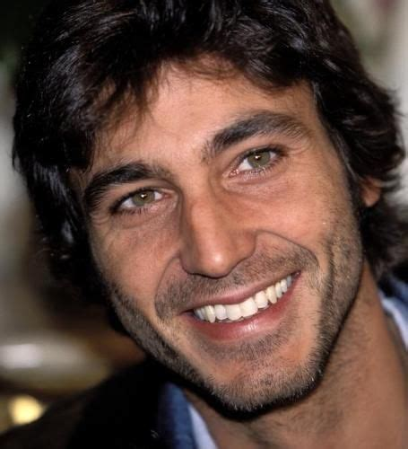 daniele-liott | Hombres guapos, Hombres peludos, Actrices