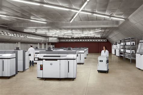 HP launches 5200 series of 3D printers, forms strategic
