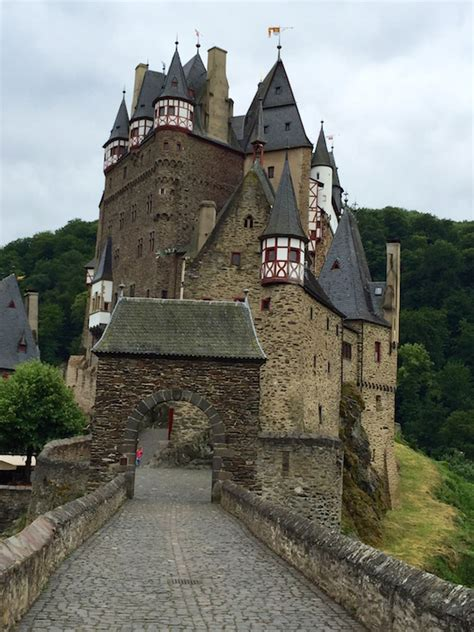 A Guide to The Moselle River Trail
