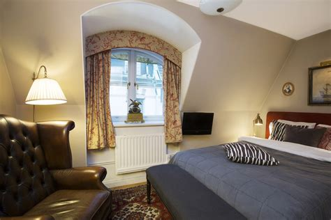 Victory Hotel – Captain's Small Double Room