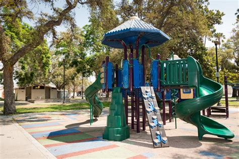 CHESTERFIELD SQUARE PARK | City of Los Angeles Department