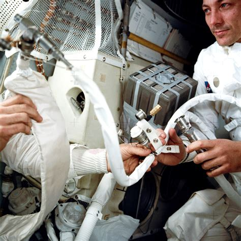 Members of Apollo 13 Team Reflect on 'NASA's Finest Hour