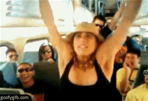 Girls Fail Miserably in These Hilarious GIFs (31 gifs