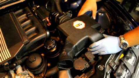 E46 DIY #4 Replacing Intake Boots, Cleaning Throttle Body