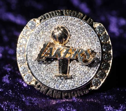 Bling Bling – Kobe & The Lakers Get Their Championship