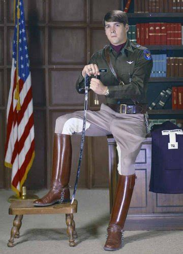 For Rick Perry, Air Force Service Broadened and Narrowed