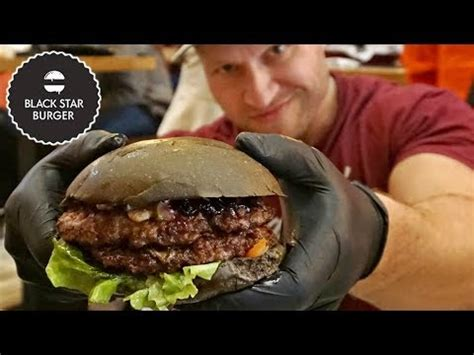 Eating Russia's BLACK STAR Burger by Тимати (Timati) - YouTube