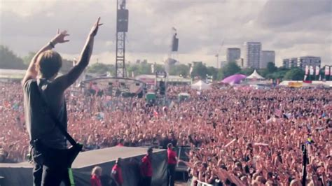 McFly Headline Concert for 50,000 in Hyde Park - YouTube