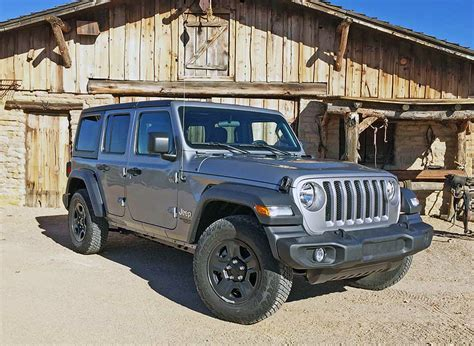 2018 Jeep Wrangler JL Sport: Cheapest Way In, but Still