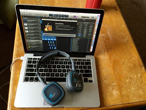How to get all the awesome extra sounds for GarageBand 10