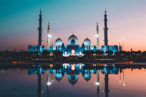 Sheikh Zayed Mosque - Tours Travel Guide