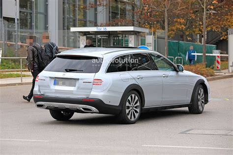 2020 Mercedes-Benz E-Class Spied, Is Getting a New Face