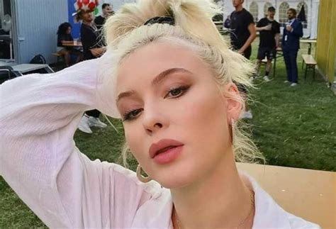 """Zara Larsson reveals she's """"excited to be single"""" in new"""